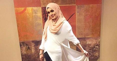 Uqasha Senrose Nafi Jual Tudung Kerana Ikut Trend Semasa