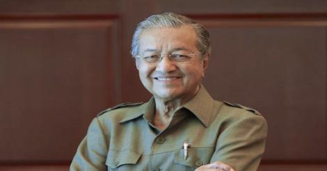 Tun Dr Mahathir Kongsi Pengalaman Berlakon Filem